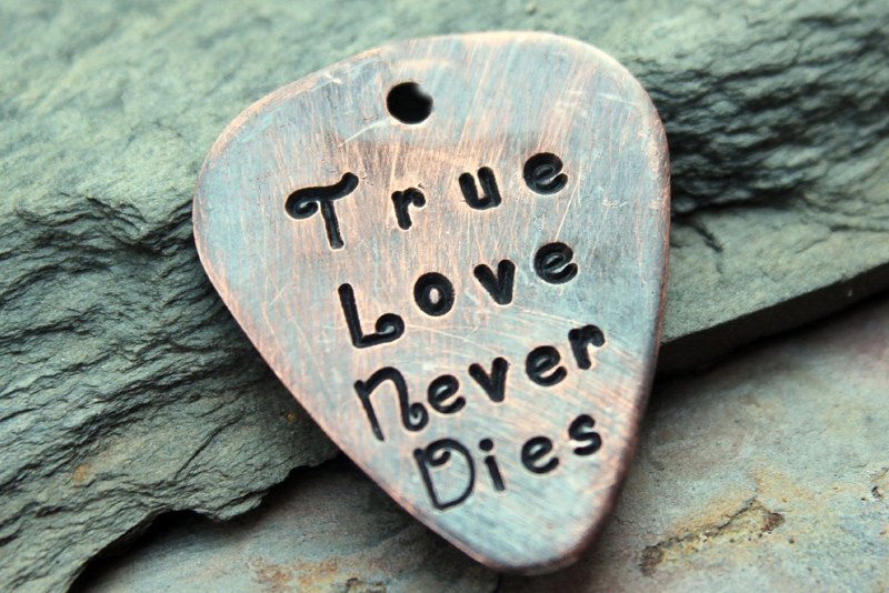 true-love-never-dies-messages
